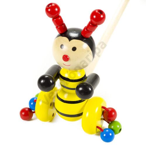 Tologatós kattogó méhecske