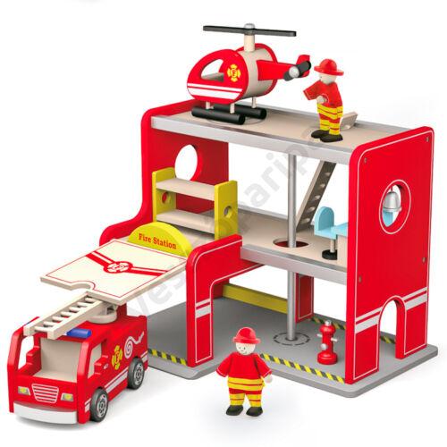 Fa játék emeletes tűzoltó állomás tűzoltóautóval